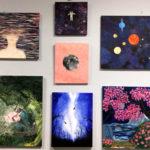Rauman kuvataidekoulu 2017 kevätnäyttely Aikamatka maalauspajan töitä