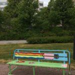 Rauman kuvataidekoulu 2018 taidepenkki Keskuspuistossa