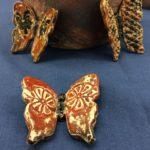 Lapin keramiikka, perhosia