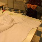 Paitapuseron nappien paikan määrittäminen ja merkkilangat
