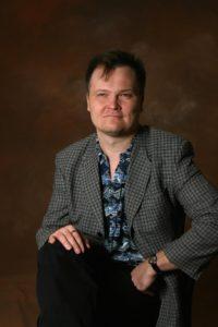 Raumalainen kirjailija Jukka-Pekka Palviainen