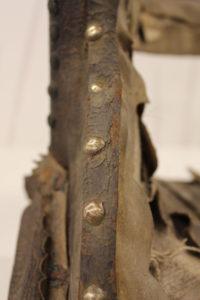 Naistensatulan metalliosat puhdistuksen jälkeen