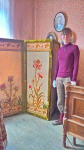 Emma, Rauman museon tekstiilikonservaattoriharjoittelija