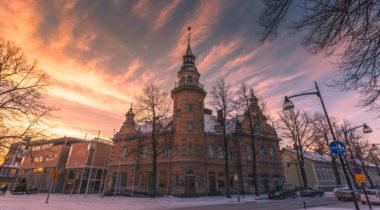 Rauman kaupungintalo, talvi, ilta, Valtakatu
