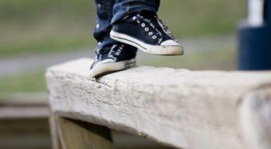 nuori, puomi, jalat, jalka