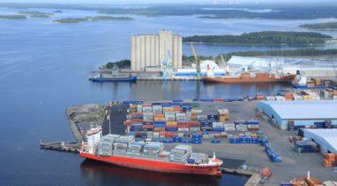 Rauman satama ja Petäjäs ilmakuvassa