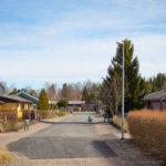 Tonttikatu Sampaanalan asuinalueella.