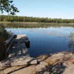 Pitkäjärven rantasaunan laituri.