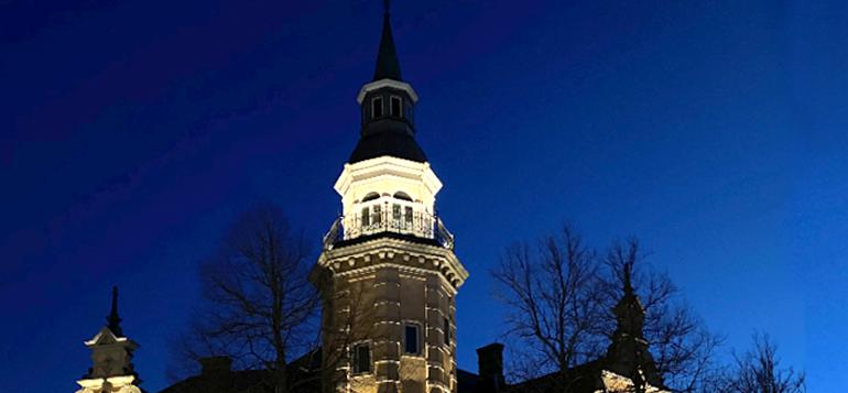 Kaupungintalon torni valaistaan oranssiksi 28.11. - Rauma.fi