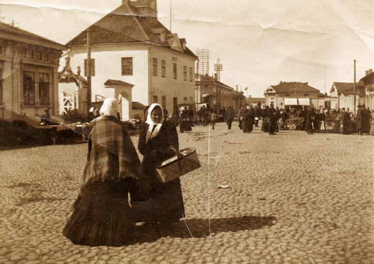 Syysmarkkinat Rauman kauppatorilla 1911-1916